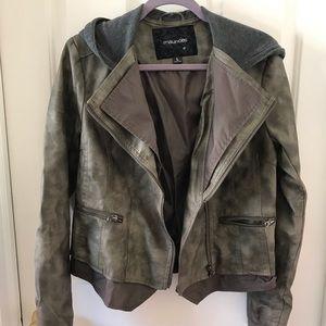 Hunger Games! Maurice's jacket. Lg